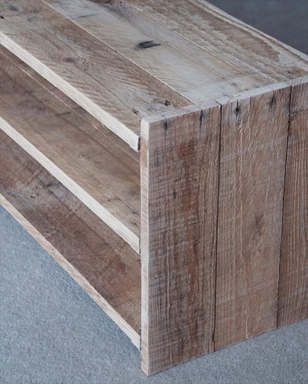 diy upcycled pallet shoe rack pallet furniture diy on wood shoe rack diy simple id=94574