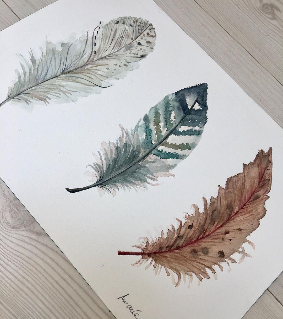 Maria Banos Ramos On Instagram Tres Plumas En Colores Neutros