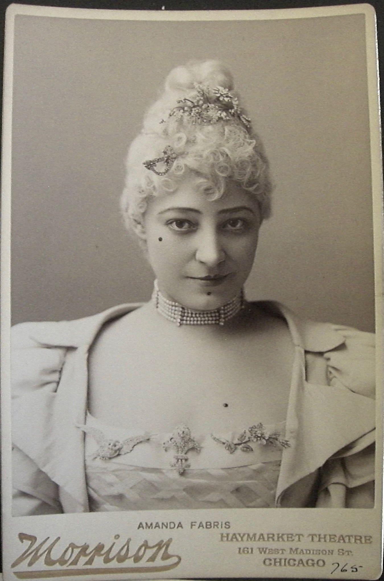 Betty Gilpin