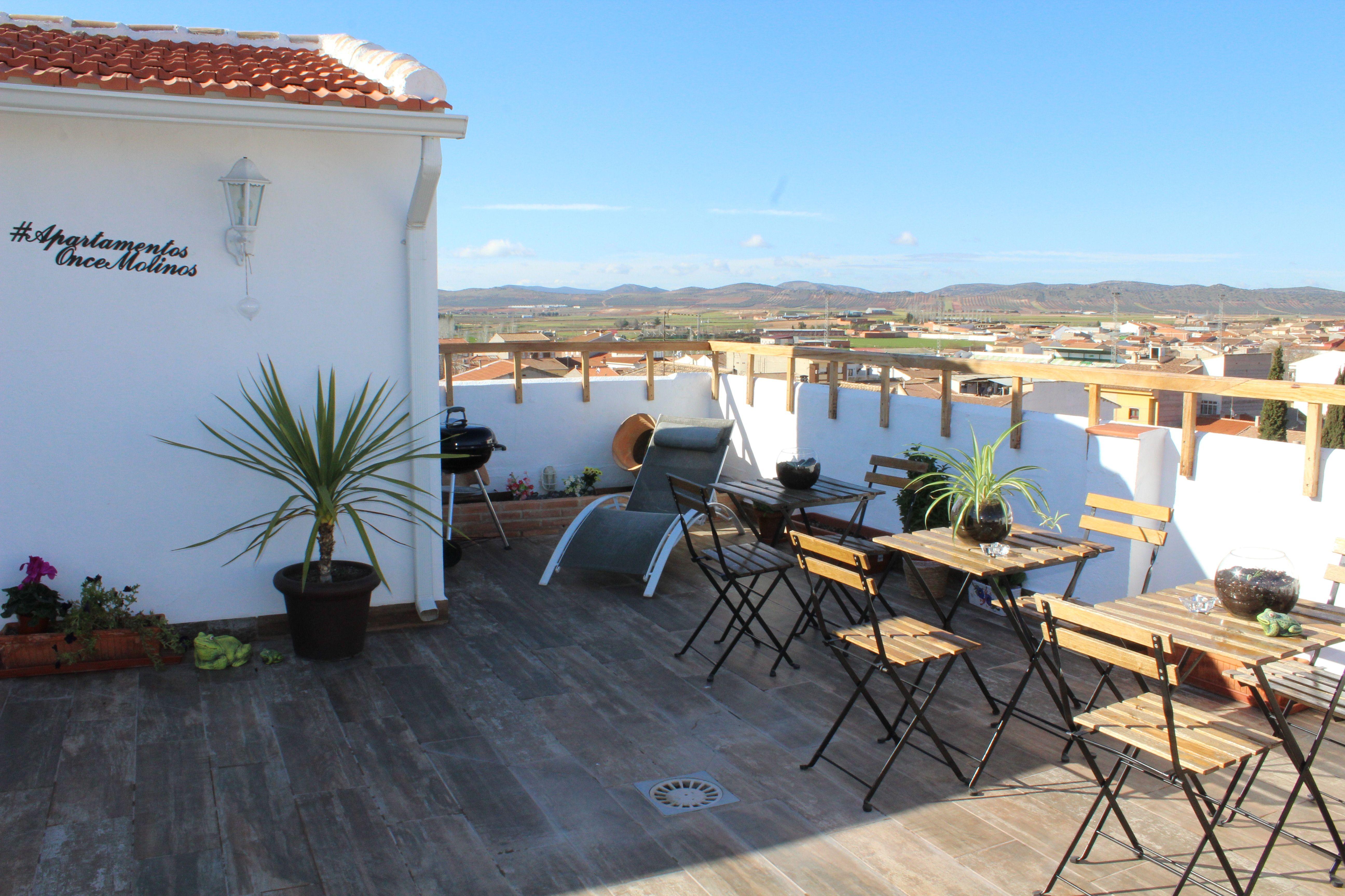 Terraza En Apartamentos Turisticos Oncemolinos En 2020 Apartamentos Patios Apartamentos Turisticos