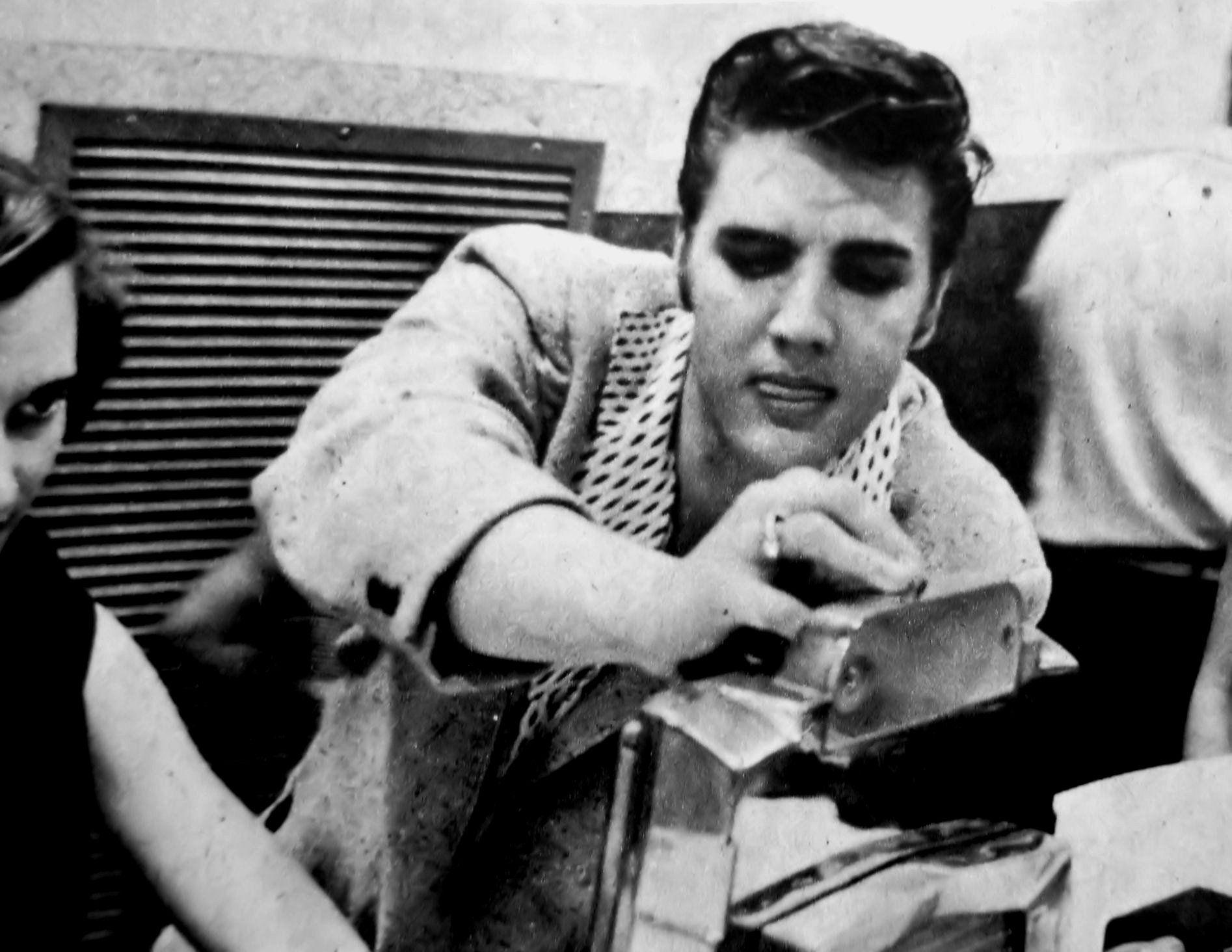 Elvis In Memphis On June 19,1956 Wonder What Song He