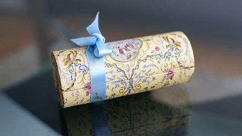 Laduree Boxes Google Search Gifts Box Macarons