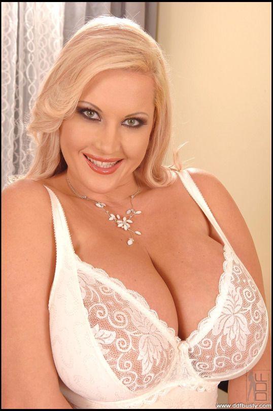 laura orsolya boobs