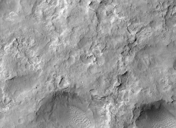 Photos From NASA's Mars Reconnaissance Orbiter | Mars & Martian Surface Images | Search for Water & Life on Mars | Space.com