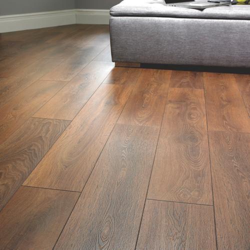 Shire Oak Laminate Flooring Wickes Gets Good Reviews Good Value Laminate Flooring Oak Laminate Flooring Oak Laminate