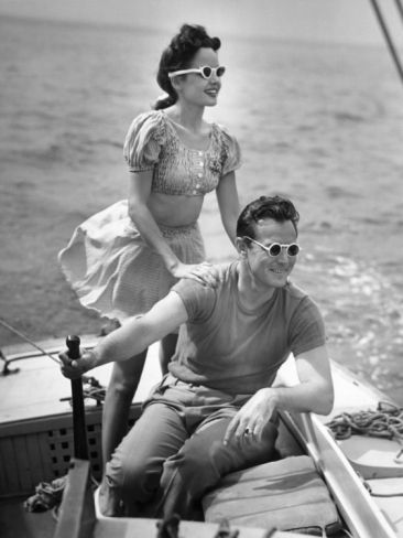 Couple On Boat Vintage Couples Boating And Couples