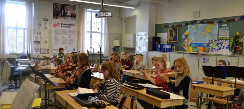 Retrato del éxito: una jornada cualquiera en un colegio ...
