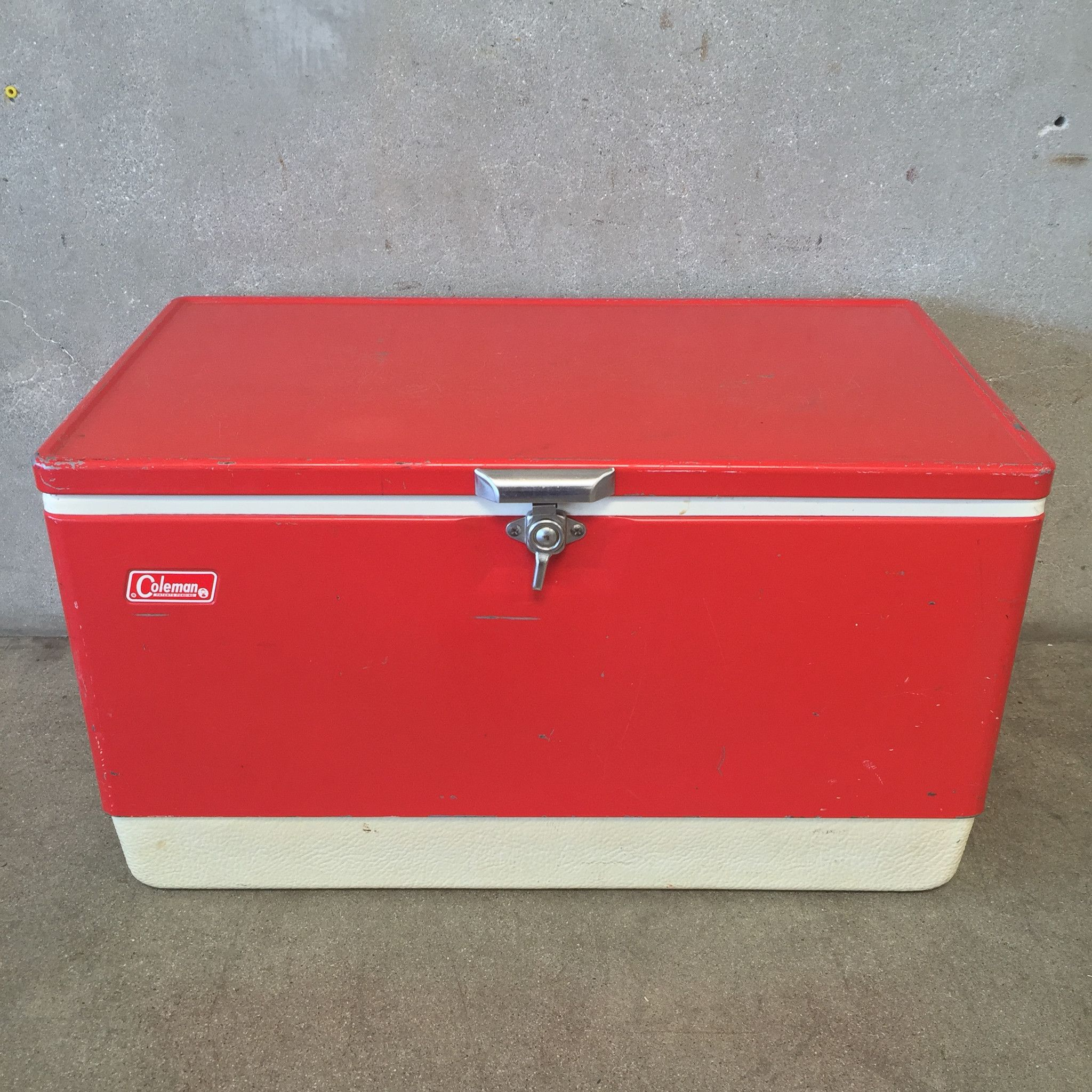 Red Vintage Coleman Cooler With Tray 16