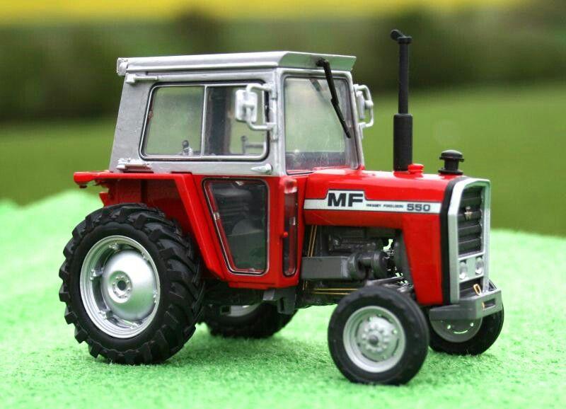 Massey Ferguson 550. 1/32 | MF | Tractors, Farm toys, Diecast models