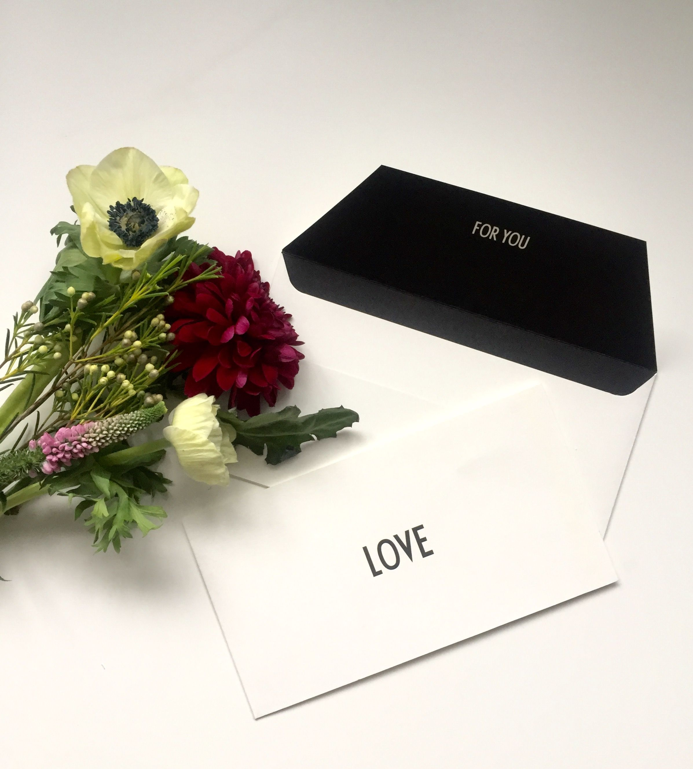 A personal greeting in a LOVE occasion card. Typography: AJ Vintage ABC.