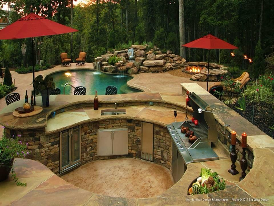 Very Cool Round Walk In Outdoor Kitchen Pool With