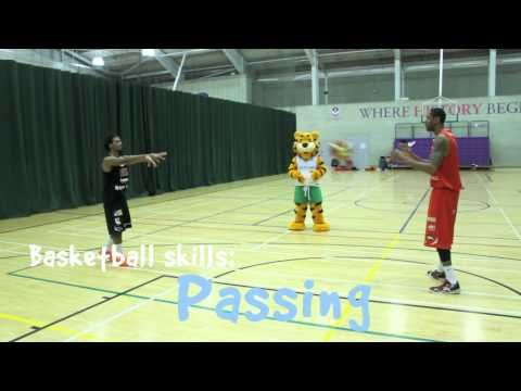 How to play basketball: Passing skills with Haven and the