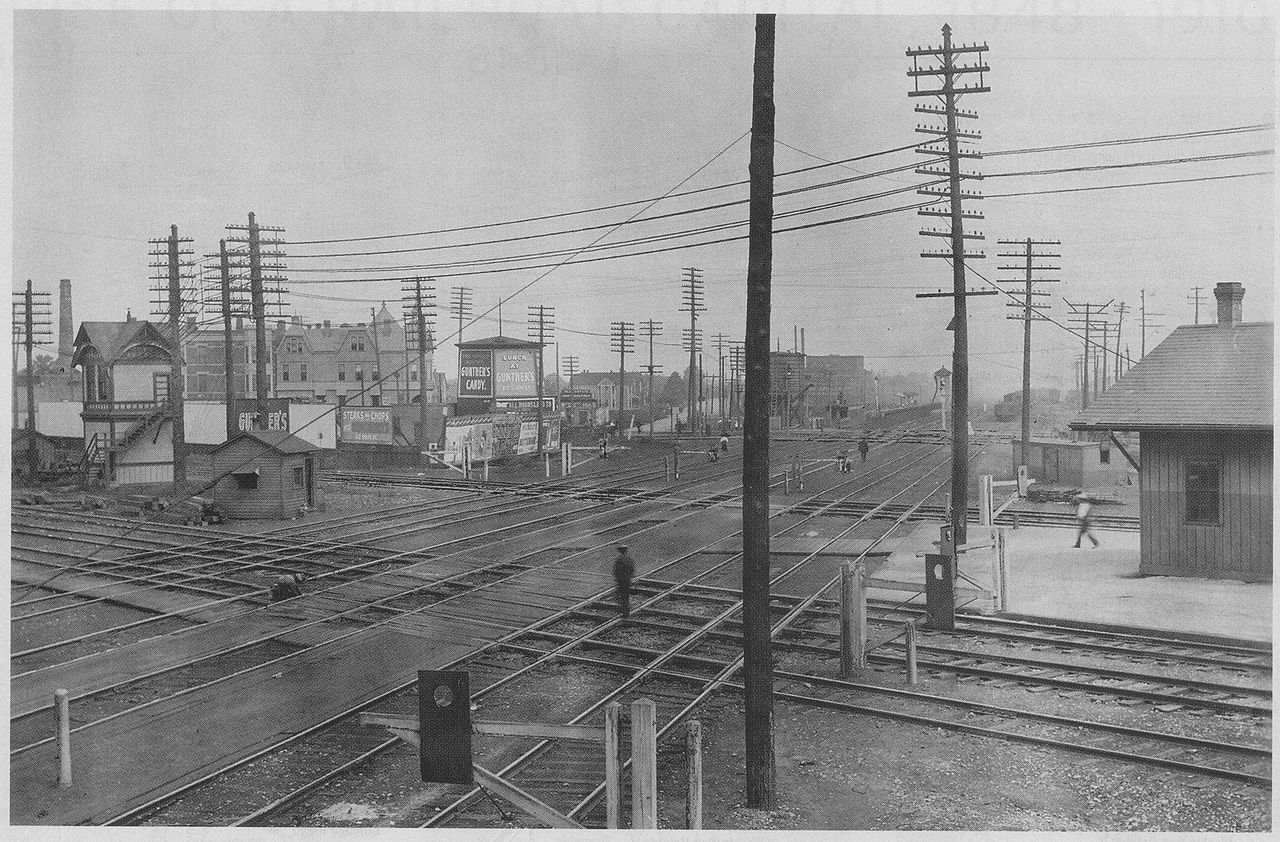 Illinois Central Railroad's Grand Crossing in Chicago, Illinois, 1901. Looking north along Illinois Central's six tracks (2 suburban, 2 intercity passenger, and 2 freight). Crossing is the Pennsylvania Railroad, Pittsburgh, Fort Wayne and Chicago Railway, and New York Central Railroad's Lake Shore and Michigan Southern Railway.