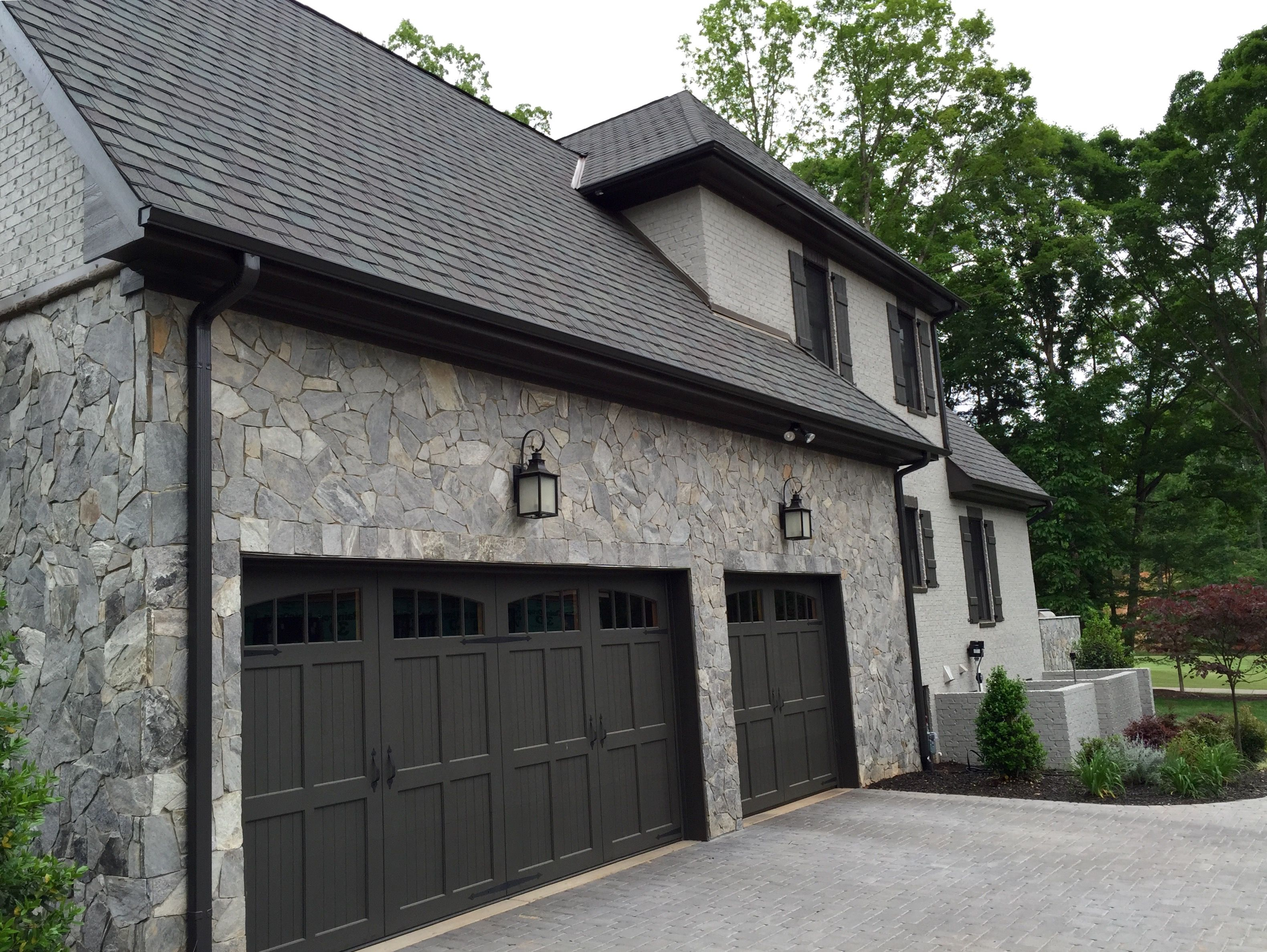 Arh plan asheville 1131f exterior 42 stone dove gray for Black roof house
