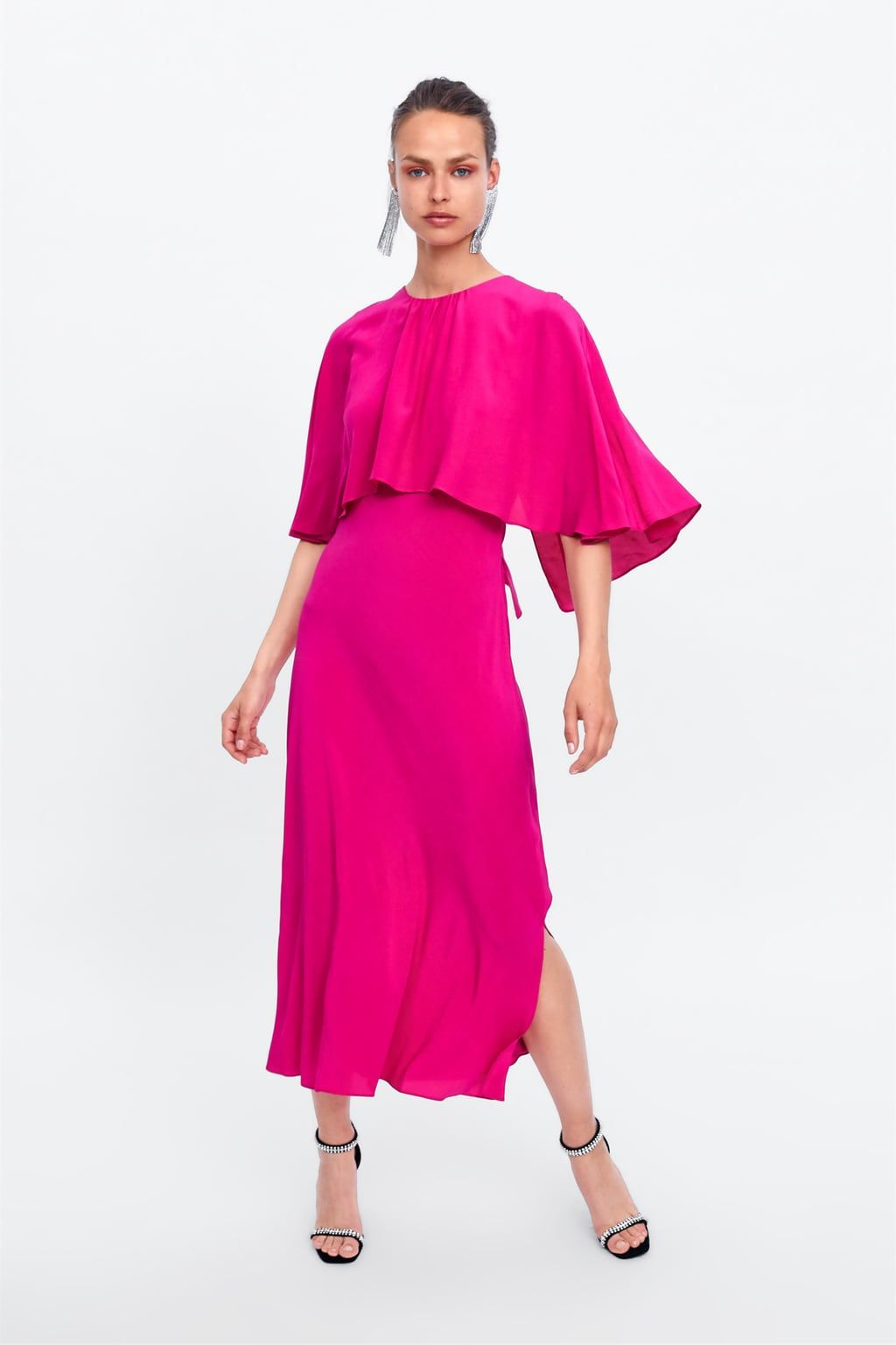 c4f2e400 Flowy dress with cape in 2019 | crave - clothes - 2018 | Cape dress ...