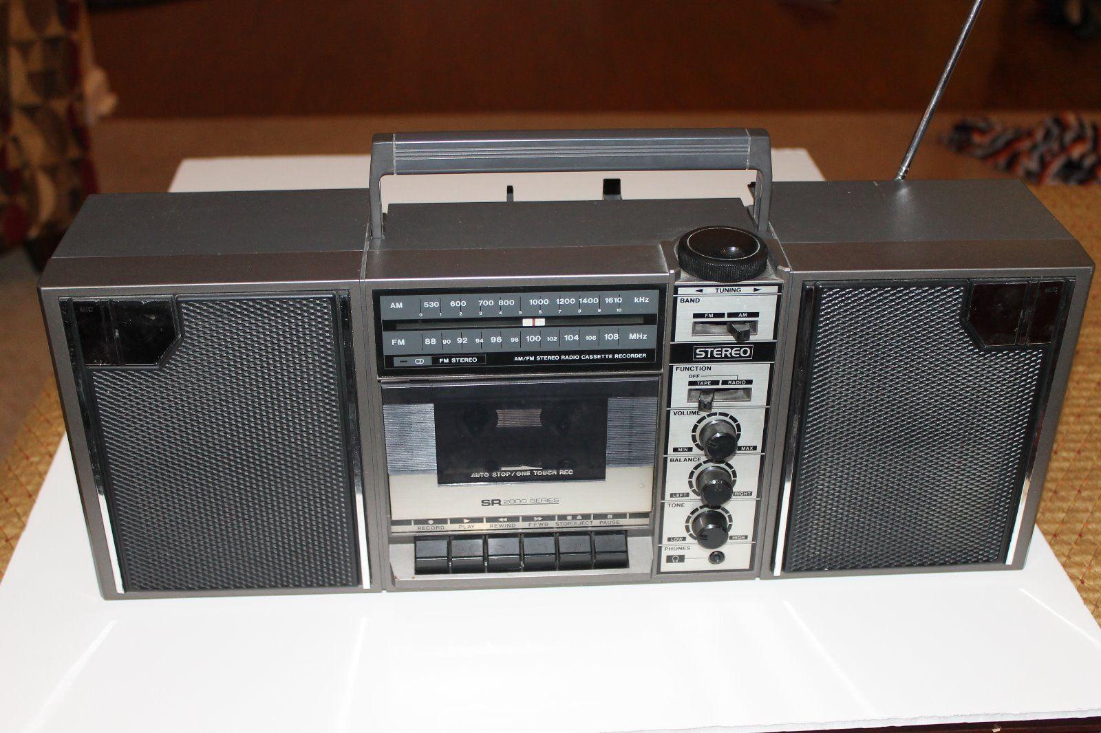 SR2000-Series-AM-FM-Stereo-Cassette-Recorder