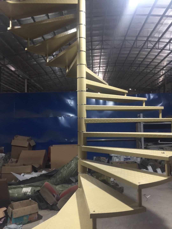 Best Painting Spiral Stair Www Veryhardware Com Steel Stairs 400 x 300