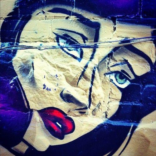 Sexy lady graffiti
