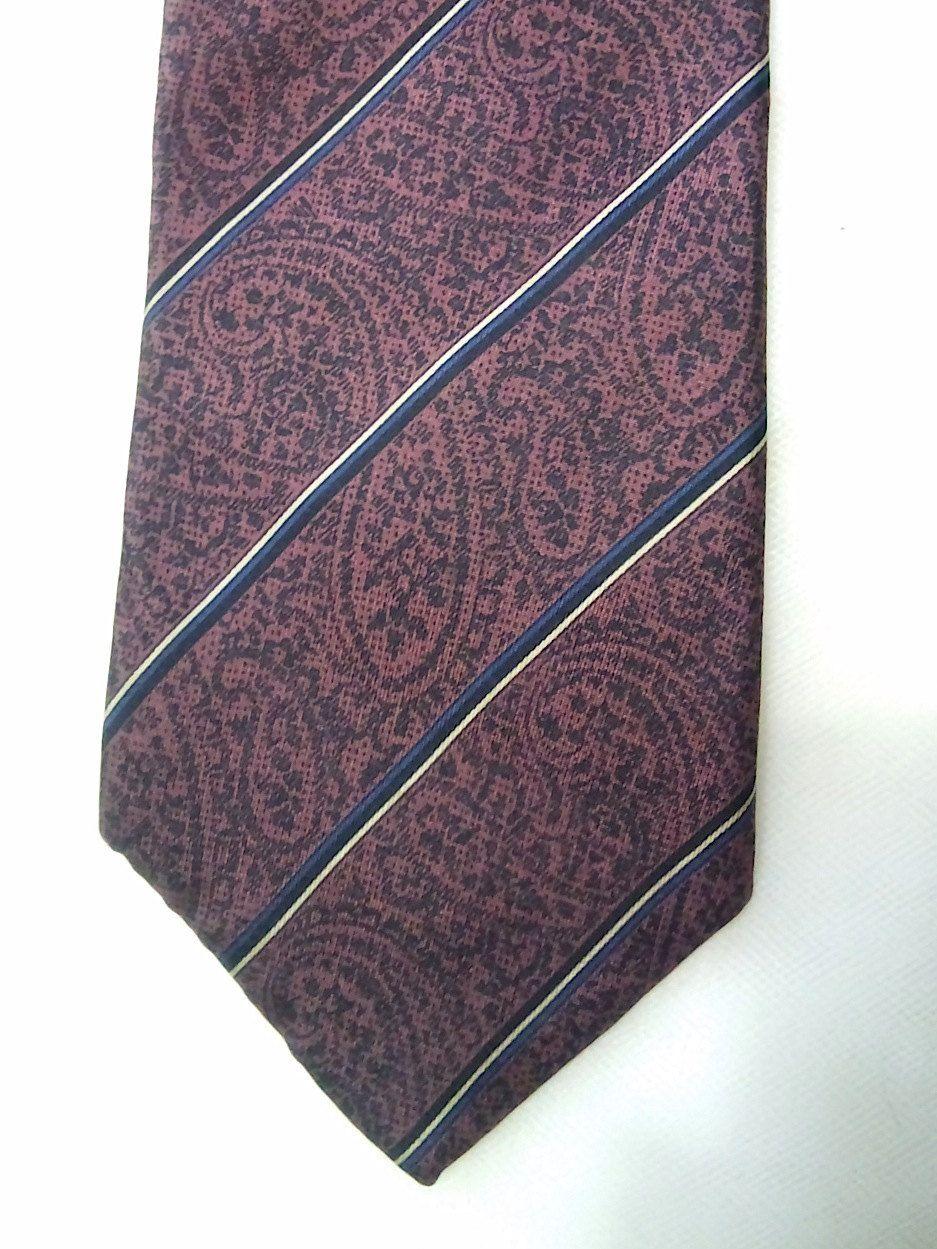 Vintage Yves Saint Laurent Paisley Men's Silk Necktie,  High Fashion, Men's Ties, Neckwear by KitschArts on Etsy