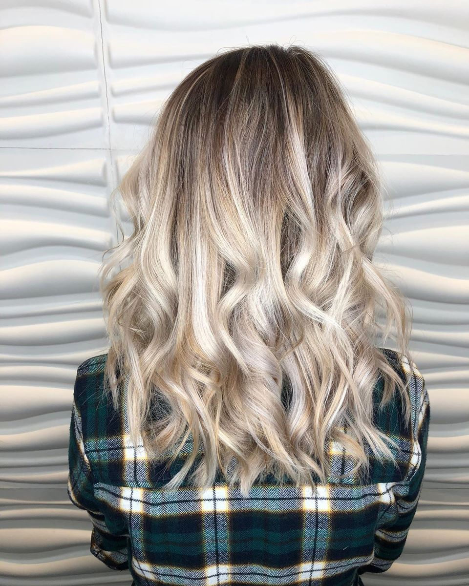 vibrantsalonspa Sandy shadow root done by hairby