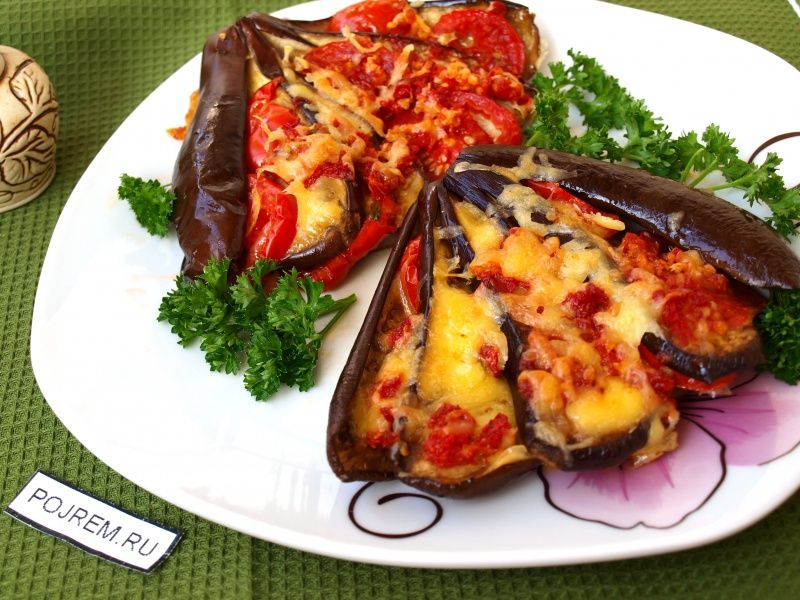 Запечённые баклажаны с сыром и помидорами | Рецепт ...