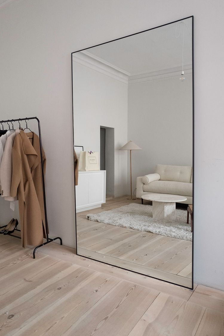 Photo of Full length mirror in minimalist living room decor arrangement ideas – Blog