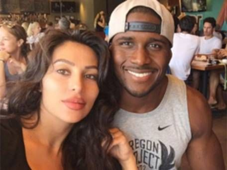It's safe to say Reggie Bush has a type.   Mixed ...