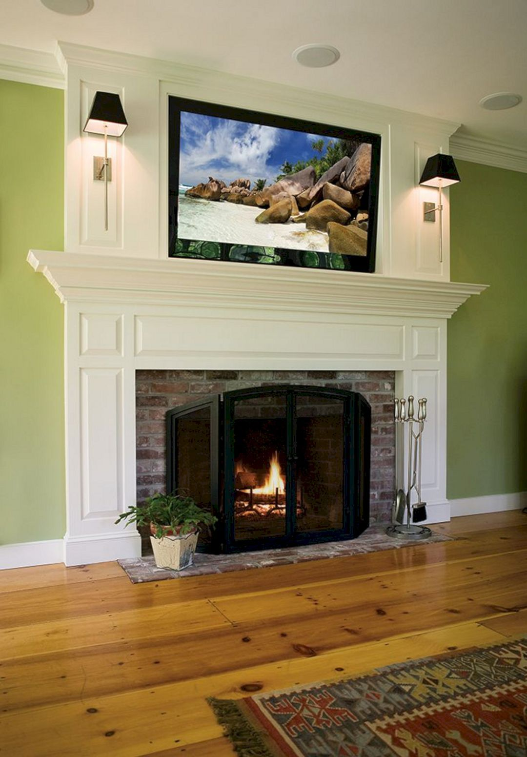 10 Extraordinary Living Room Fireplace Design You Must