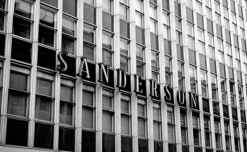 Domenique Mora: Philippe Starck Sanderson Hotel