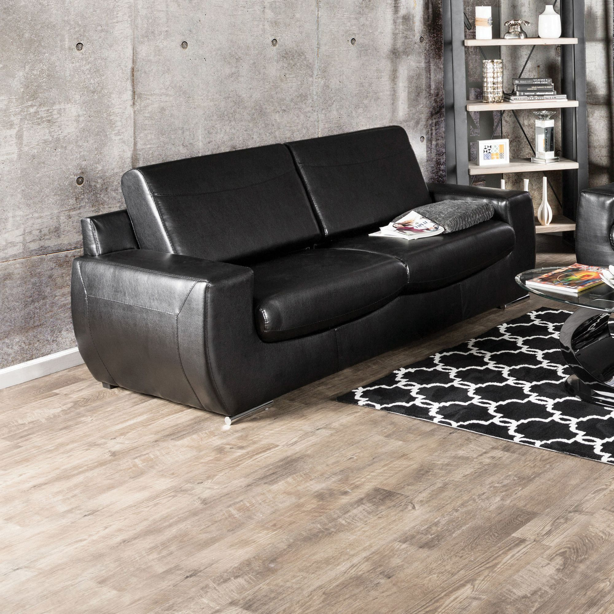 Amberly Sofa