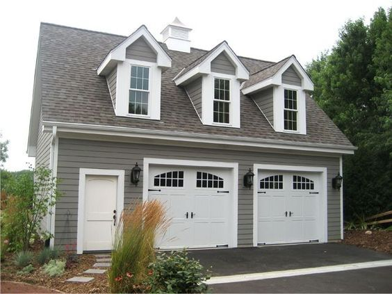 Minimum With Upstairs Unfinished 32x26 9 Ceilings Lower 2 9x8 Doors Garage Loft Garage Plans With Loft Carriage House Plans