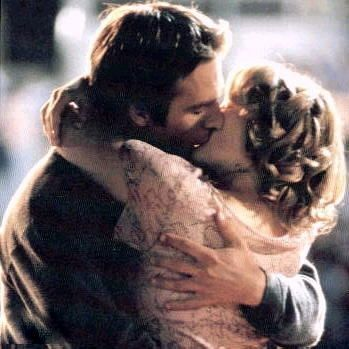 Never Been Kissed One Of The Best Movie Kisses Ever Www Brayola