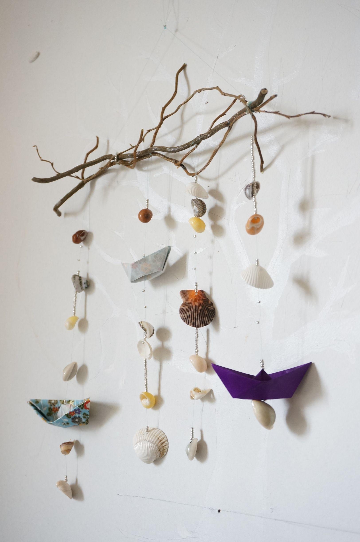 mobile breton coquillages bateaux en origami perles et bois handcraft pinterest. Black Bedroom Furniture Sets. Home Design Ideas