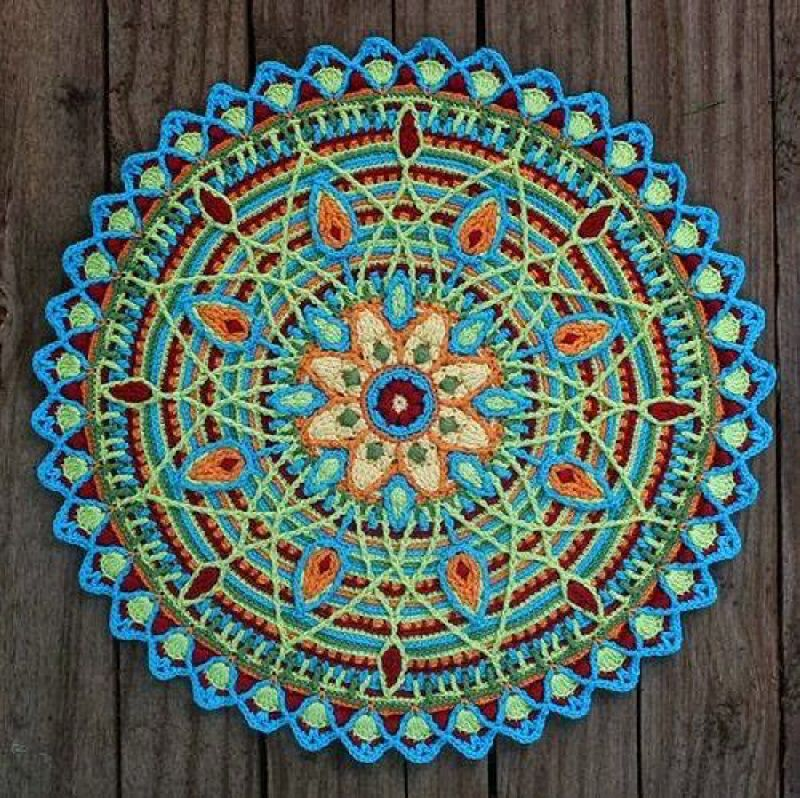 I ❤ crocheting . . . Beautiful mandala made with overlay (in ...