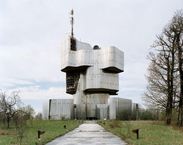 Jan Kempenaers, Spomenik series, 2006-2009.