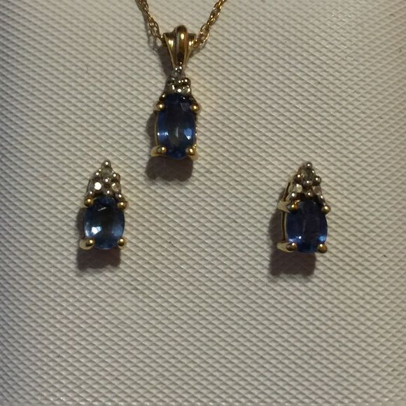 ✨FLASH✨✨BUNDLED 10K CEYLON SAPPHIRE SET 1 HOUR This Lovely Set of Ceylon Sapphires includes the Earrings & Necklace with chain.. Ceylon Sapphires are a rarer type of Gem. Very vibrant color and sparkles like crazy. Feminine & Beauty together. Truly Fabulous. This sets price is phenomenal.   Rare Sapphire Gemstones Jewelry