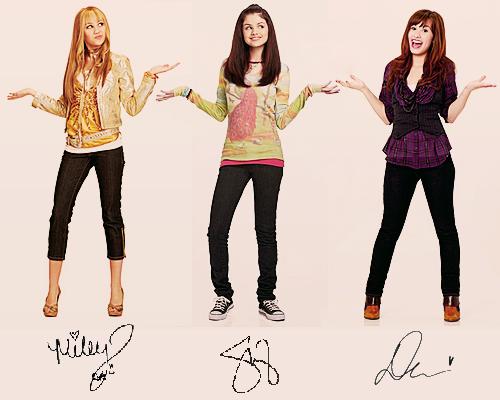 Miley Cyrus Selena Gomez Demi Lovato Hannah Montana Wizards Or Waverly Place Sonny With A Chance Selena Gomez Selena Girl Celebrities