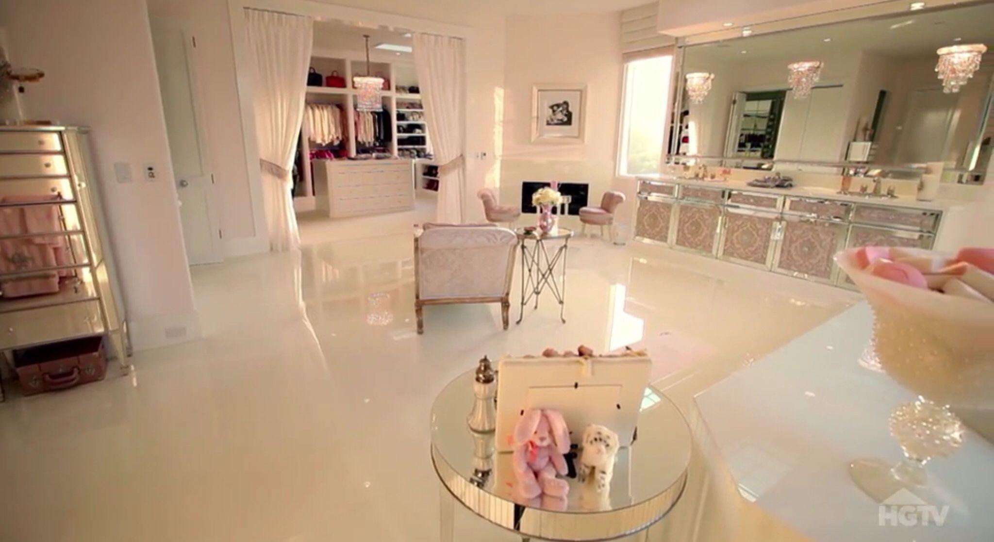 Villa Rosa Master Powder Room Lisa Vanderpump Home