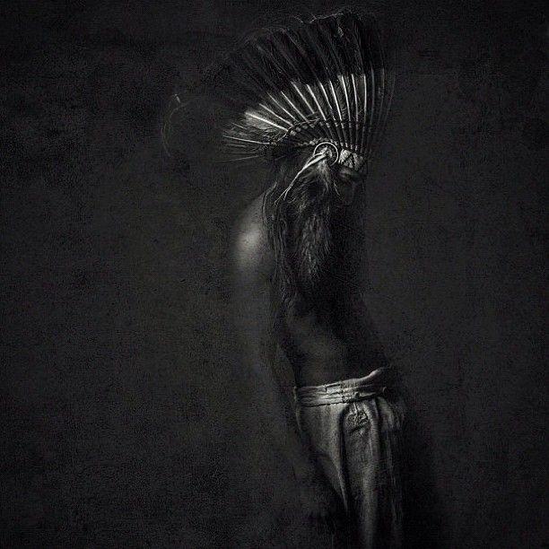 willycartier #nativeamerican #headress #bw #photo #grunge #dark #feathers #hat #native