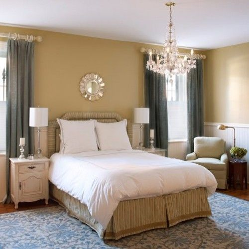 Beigh With Blue Accent Wall Bedroom: Beige Walls And Blue Curtains