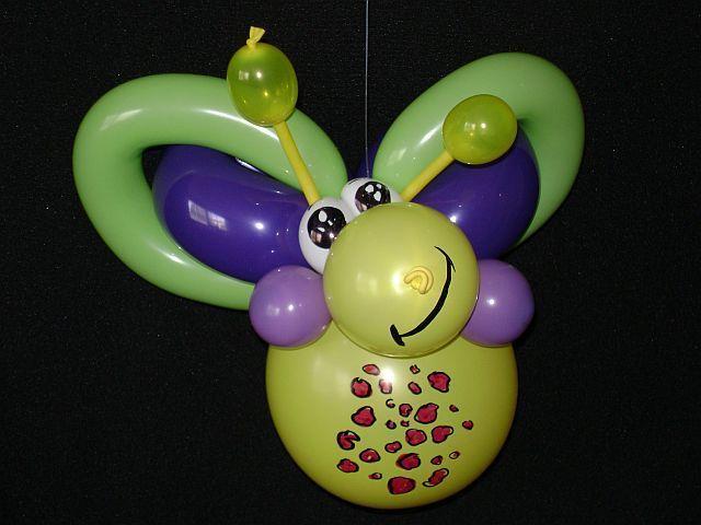 Butterfly balloon twist