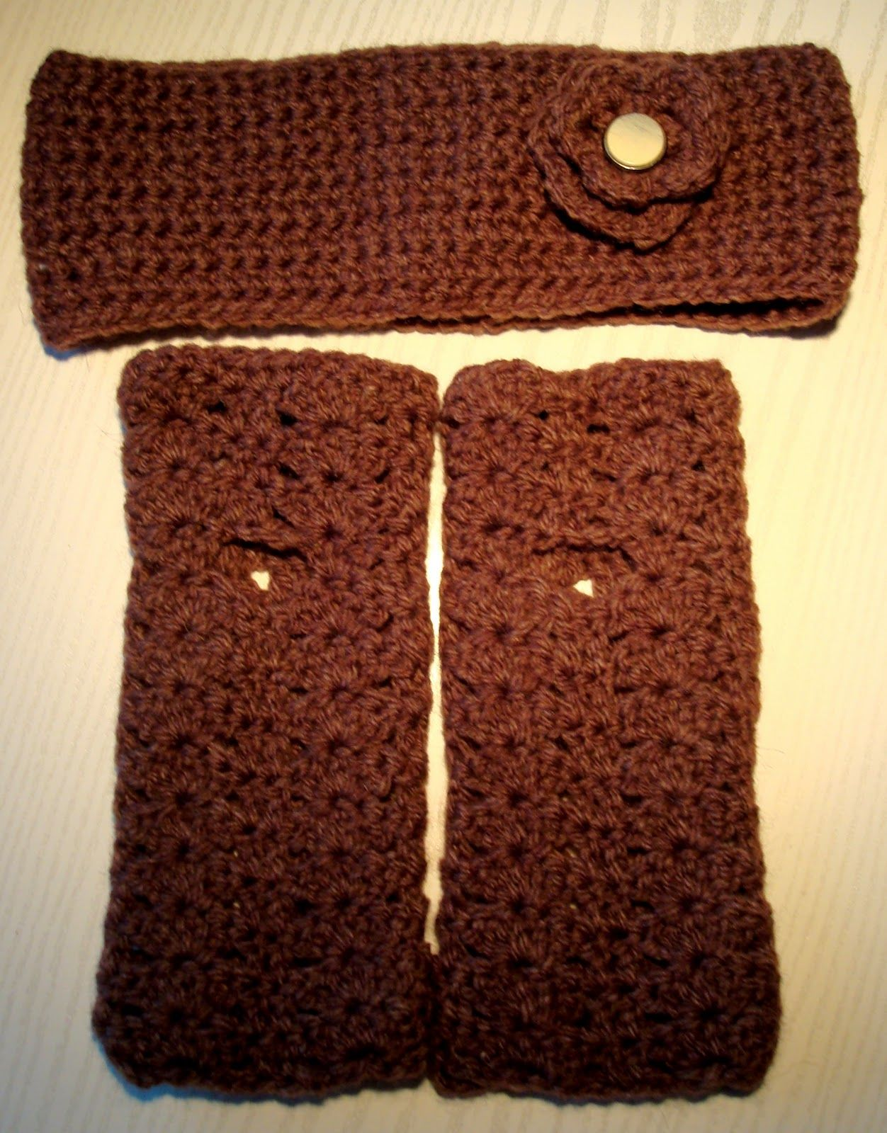 Crochet fingerless gloves and earwarmers