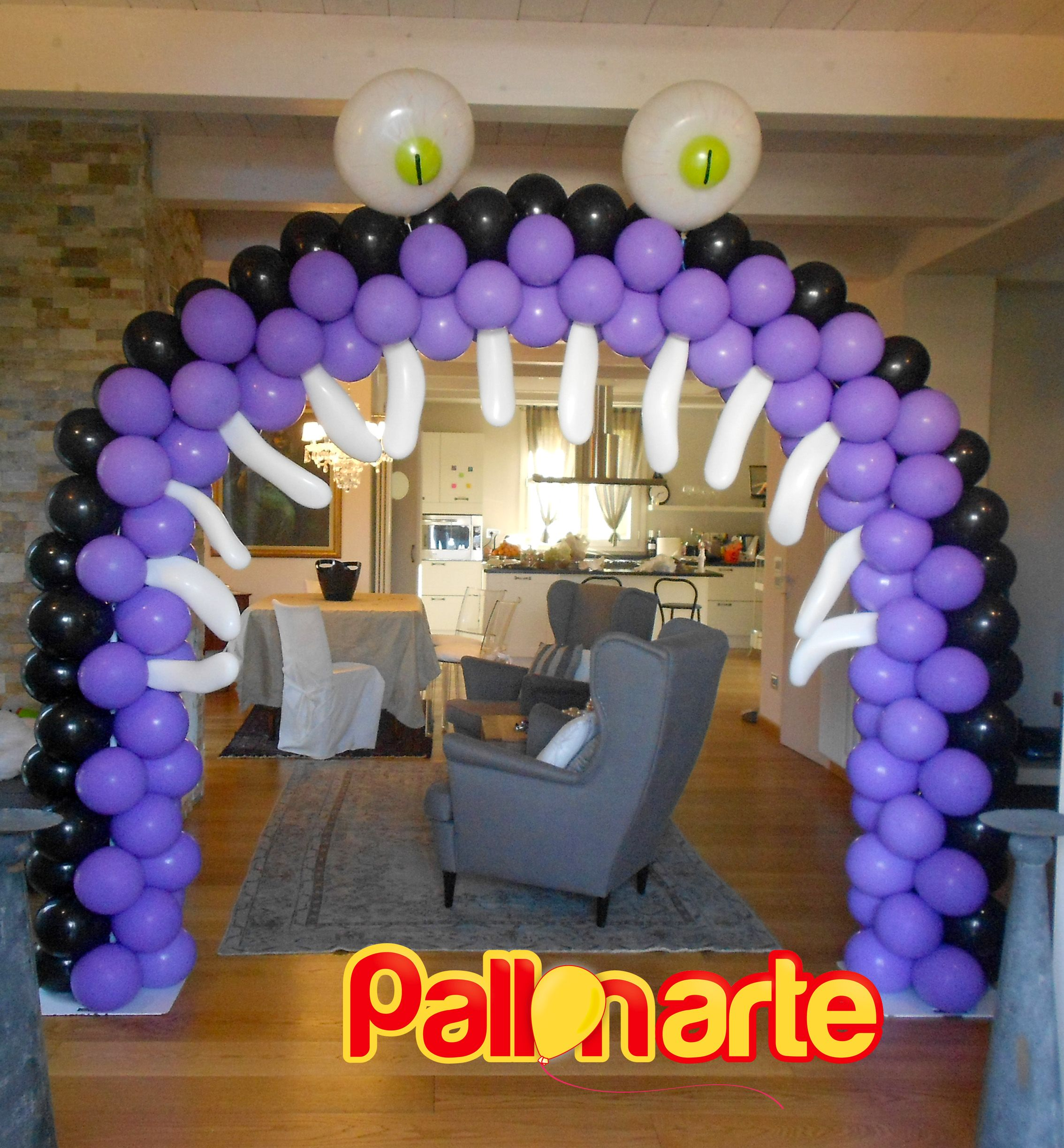 Awesome Halloween picture frame with balloons! | Halloween Balloon ...