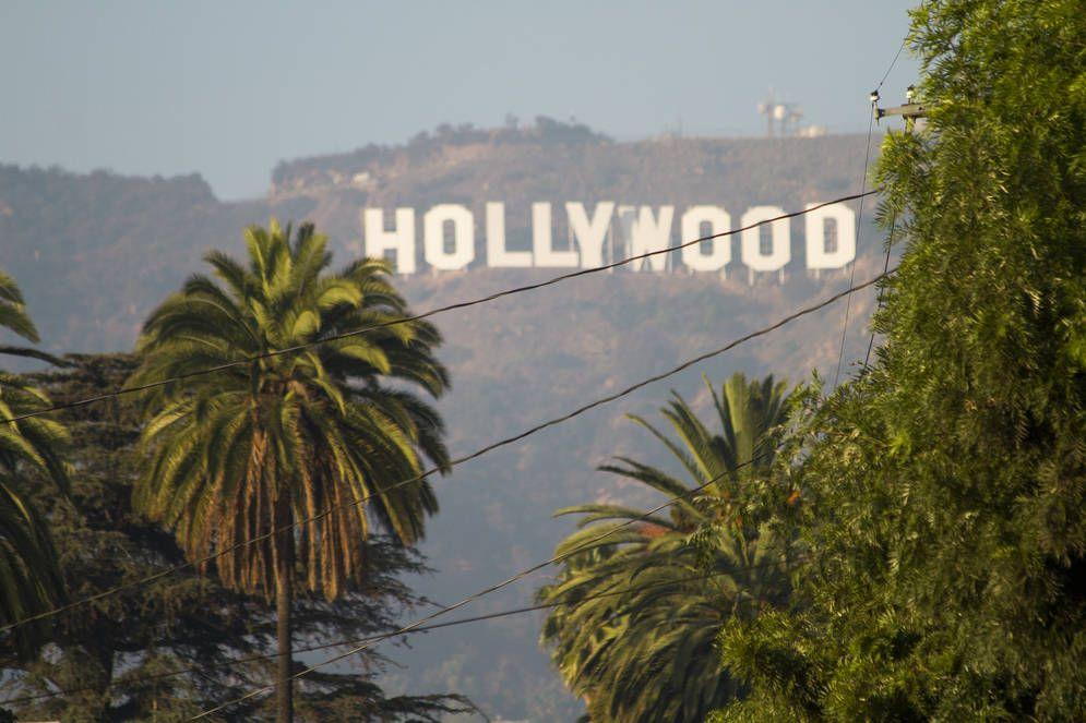 hollywood sign hazy sky kalmbach003