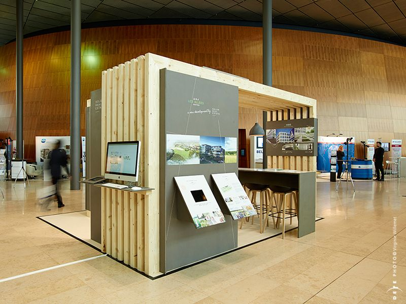 Exhibition Stand Gimmicks : Love this mix of raw and refined materials area booth