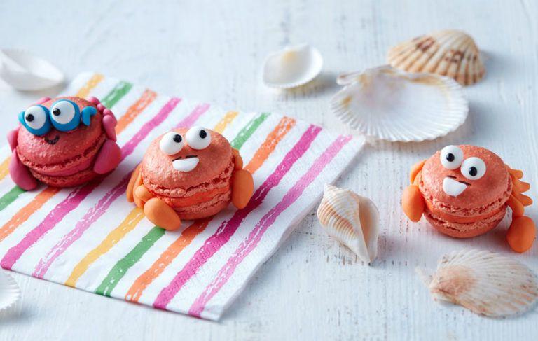 Mr and Mr Crab macarons Macarons, Orange food coloring, Crab