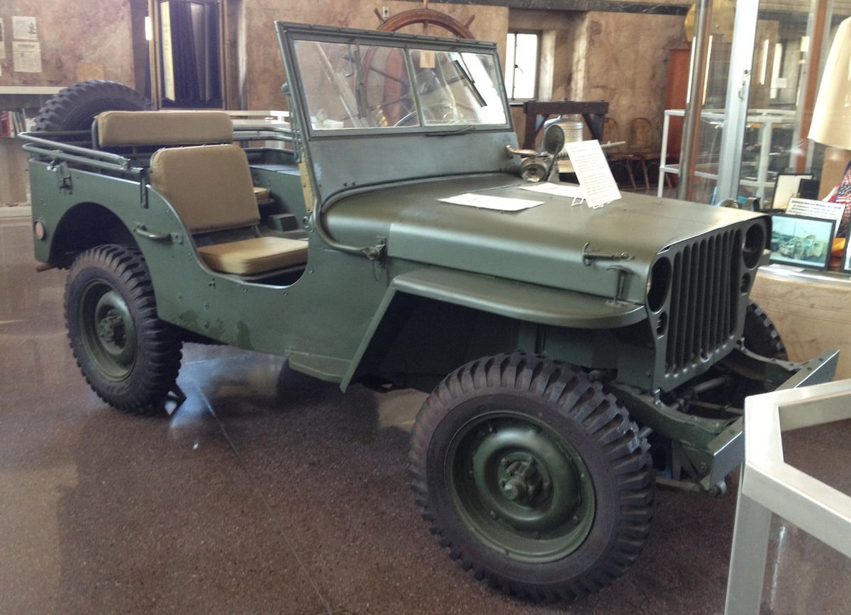 pasture green 1945 willys jeep military trucks an cars pinterest jeeps and cars. Black Bedroom Furniture Sets. Home Design Ideas