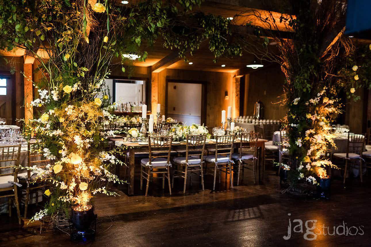 Winvian Connecticut Weddings Barn Wedding Venues 06763