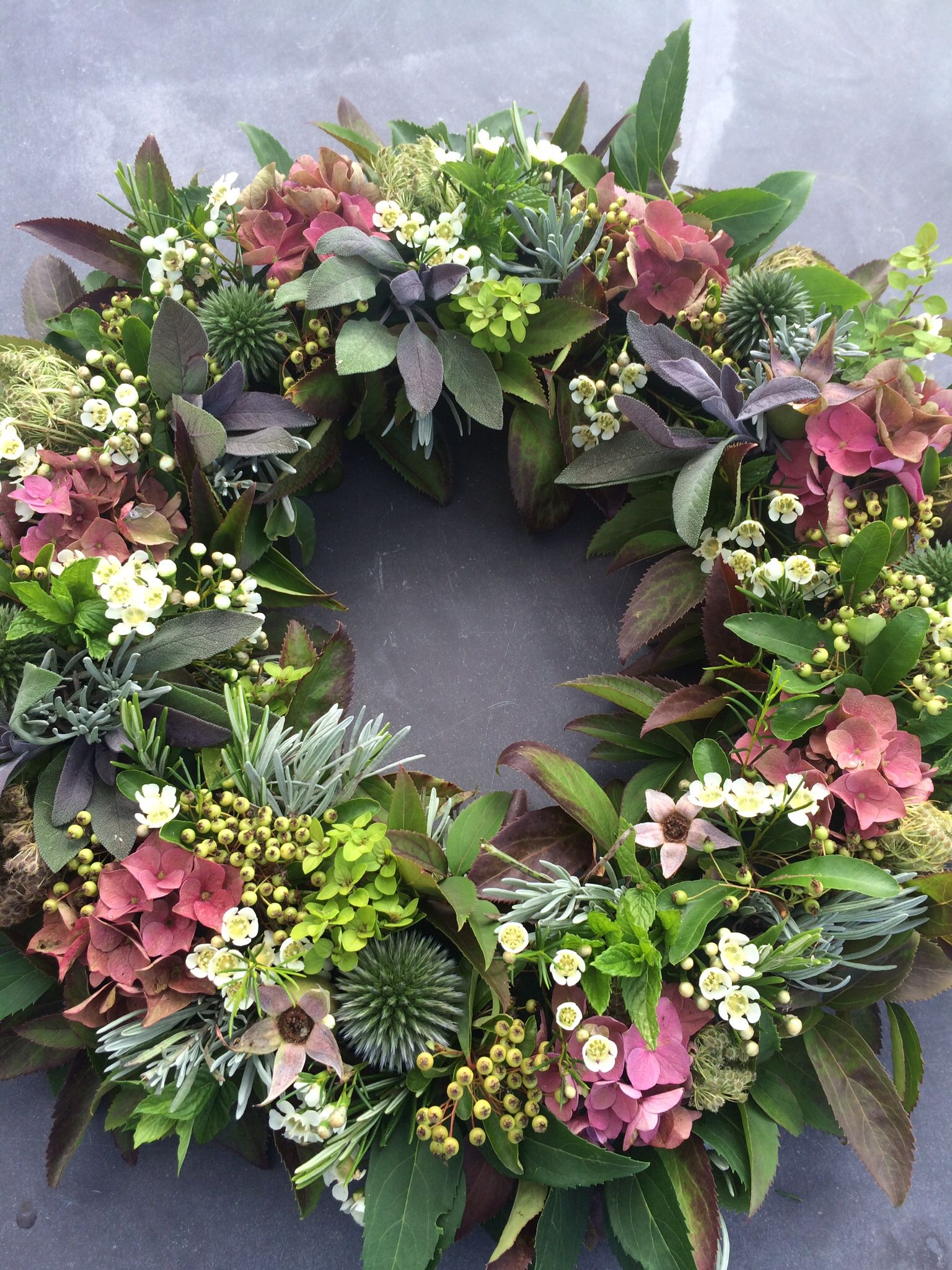 Kate Robinson Flowers - summery wreath #weddingflowers #garlandofflowers