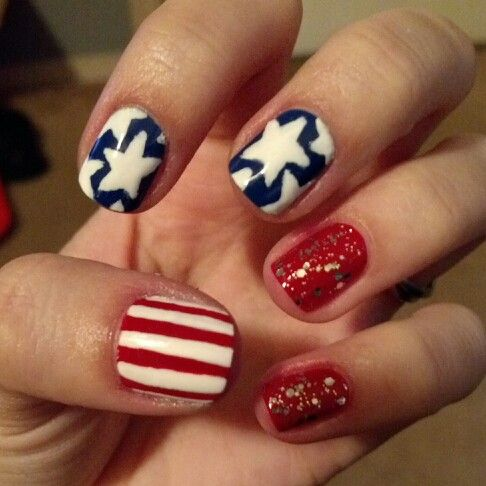 4th of July nails.